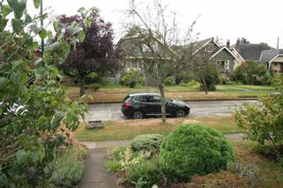 Photo 2: 3635 20 AVENUE in Vancouver West: Home for sale : MLS®# R2105527
