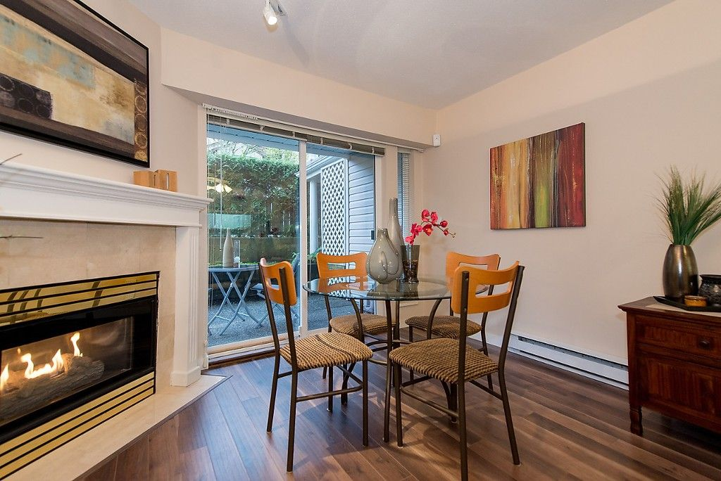 """Photo 5: Photos: 109 5788 VINE Street in Vancouver: Kerrisdale Condo for sale in """"THE VINEYARD"""" (Vancouver West)  : MLS®# V1095219"""