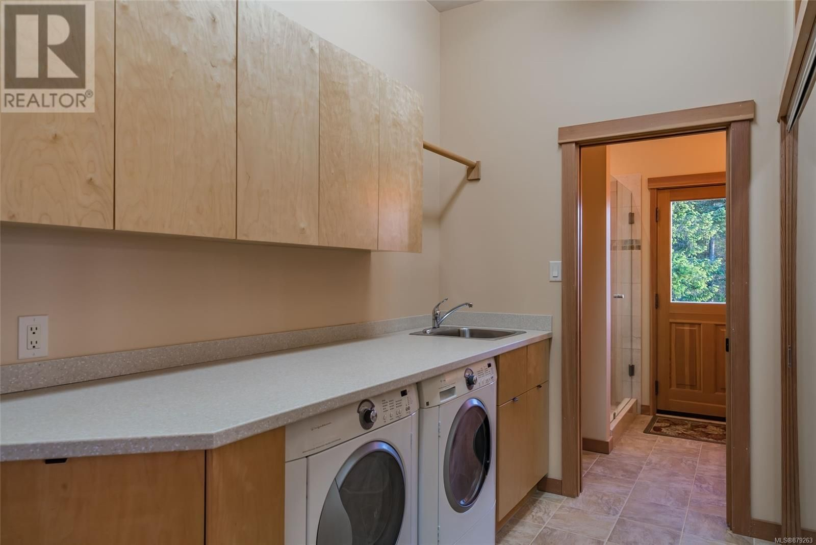 Photo 31: Photos: 825 Duthie Ave in Gabriola Island: House for sale : MLS®# 879263