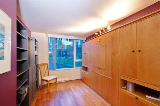 "Photo 16: 404 499 BROUGHTON Street in Vancouver: Coal Harbour Condo for sale in ""The Denia Waterfront Place"" (Vancouver West)  : MLS®# R2260501"