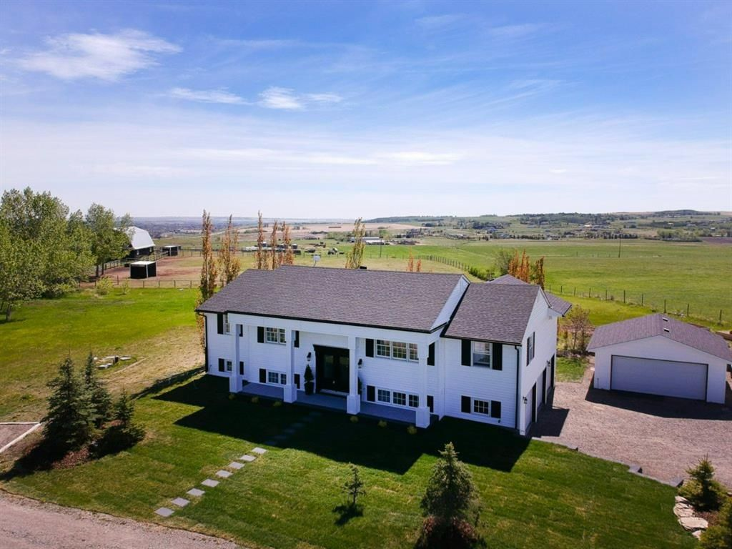 Main Photo: 387018 Meridian Street: Rural Foothills County Detached for sale : MLS®# A1115670