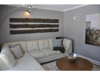 Photo 4: 489 Waverley Street in WINNIPEG: River Heights / Tuxedo / Linden Woods Residential for sale (South Winnipeg)  : MLS®# 1503882