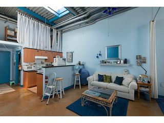 """Photo 4: 409 338 W 8TH Avenue in Vancouver: Mount Pleasant VW Condo for sale in """"Building Where You Touchbase The Realtors"""" (Vancouver West)  : MLS®# V1016962"""