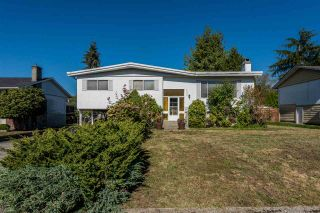 Photo 1: 5345 SHELBY Court in Burnaby: Deer Lake Place House for sale (Burnaby South)  : MLS®# R2146140