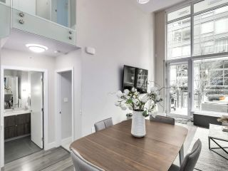"Photo 9: 155 W 2ND Avenue in Vancouver: False Creek Townhouse for sale in ""Tower Green"" (Vancouver West)  : MLS®# R2539877"