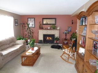 Photo 3: 656 Sicamore Drive in Kamloops: Westsyde House for sale : MLS®# 131601