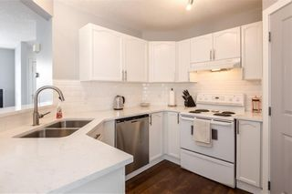 Photo 11: 18 SOMERSIDE Close SW in Calgary: Somerset House for sale : MLS®# C4174263