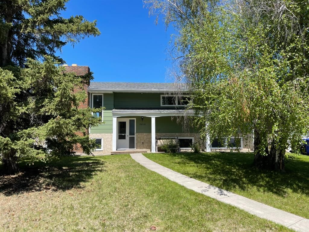 Main Photo: 5218 Silverpark Close: Olds Detached for sale : MLS®# A1115703