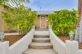 Photo 3: BAY PARK House for sale : 3 bedrooms : 3277 Mohican in San Diego