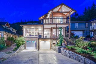 Photo 1: 927 THISTLE PLACE in Squamish: Britannia Beach House for sale : MLS®# R2214646