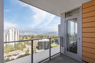 """Photo 12: 1908 5883 BARKER Avenue in Burnaby: Metrotown Condo for sale in """"Aldynne on the Park"""" (Burnaby South)  : MLS®# R2616050"""