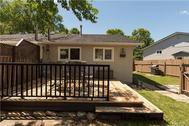 Photo 15: Photos: 427 Dowling Avenue in Winnipeg: East Transcona Residential for sale (3M)  : MLS®# 1716134