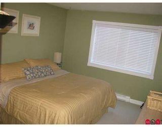 "Photo 7: 204 1437 MARTIN Street in White_Rock: White Rock Condo for sale in ""Heatherstone"" (South Surrey White Rock)  : MLS®# F2824156"