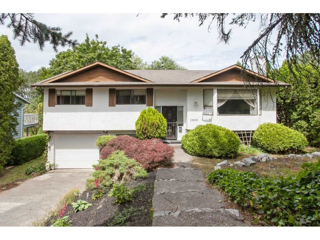 Main Photo: 13505 CRESTVIEW Drive in Surrey: Bolivar Heights House for sale (North Surrey)  : MLS®# R2084009