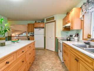 Photo 11: 2355 Strawberry Pl in CAMPBELL RIVER: CR Willow Point House for sale (Campbell River)  : MLS®# 830896
