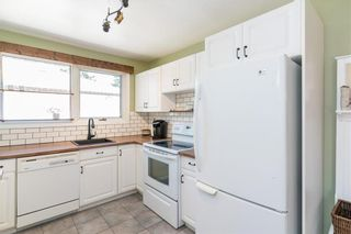 Photo 5: 21 Fontaine Crescent in Winnipeg: Windsor Park Residential for sale (2G)  : MLS®# 202113463