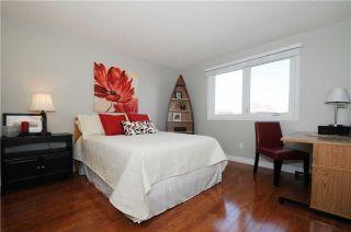 Photo 6: 827 Mahina Street in Oshawa: McLaughlin House (2-Storey) for sale : MLS®# E3360594