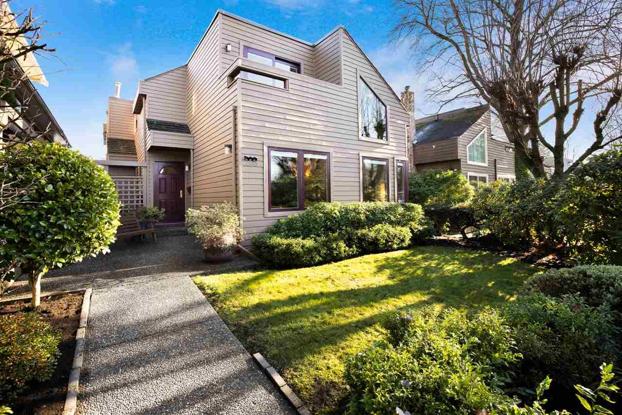 Main Photo: 6650 VINE Street in Vancouver: Kerrisdale House for sale (Vancouver West)  : MLS®# R2526370