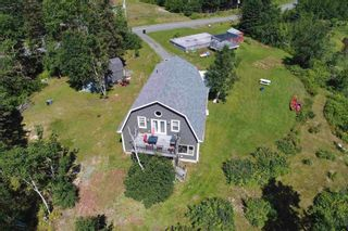 Photo 13: 696 Point Aconi Road in Point Aconi: 207-C. B. County Residential for sale (Cape Breton)  : MLS®# 202120612
