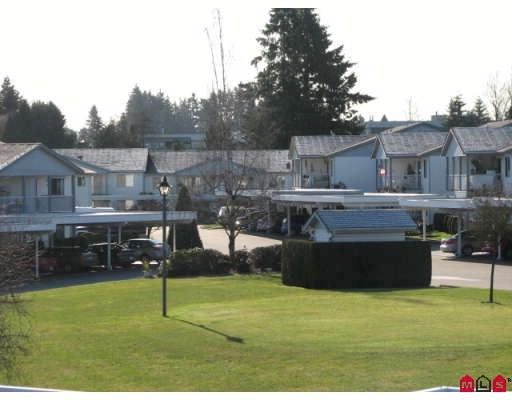 """Main Photo: 284 32691 GARIBALDI Drive in Abbotsford: Abbotsford West Townhouse for sale in """"Carriage Lane"""""""