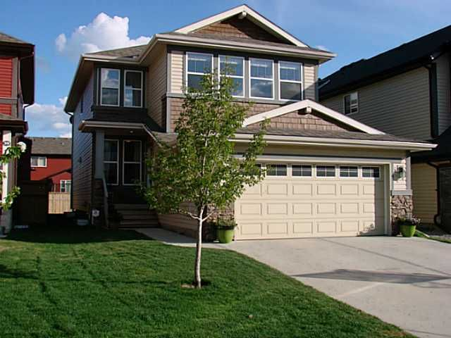 Main Photo: 35 AUTUMN Gardens SE in CALGARY: Auburn Bay Residential Detached Single Family for sale (Calgary)  : MLS®# C3618577