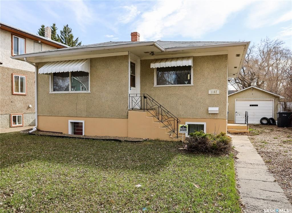 Main Photo: 1162 107th Street in North Battleford: Residential for sale : MLS®# SK850415