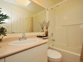 Photo 12: 304 9861 Fifth St in SIDNEY: Si Sidney North-East Condo for sale (Sidney)  : MLS®# 605635