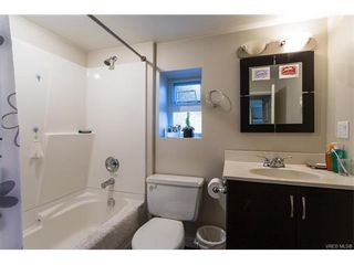 Photo 13: 1668 Earle St in VICTORIA: Vi Fairfield East House for sale (Victoria)  : MLS®# 748731