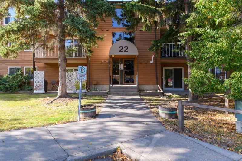 FEATURED LISTING: 108 - 22 Alpine Place St. Albert