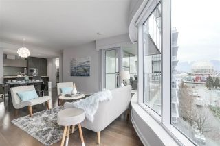 """Photo 7: 604 1661 ONTARIO Street in Vancouver: False Creek Condo for sale in """"SAILS"""" (Vancouver West)  : MLS®# R2234220"""
