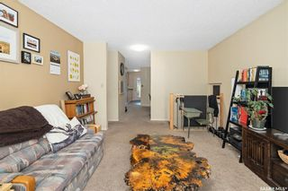 Photo 4: 627 Kingsmere Boulevard in Saskatoon: Lakeview SA Residential for sale : MLS®# SK858373