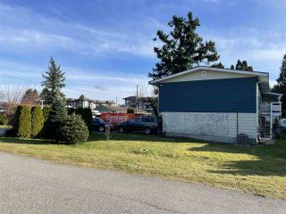 Photo 4: 2131 SANDALWOOD Avenue in Abbotsford: Central Abbotsford House for sale : MLS®# R2548700