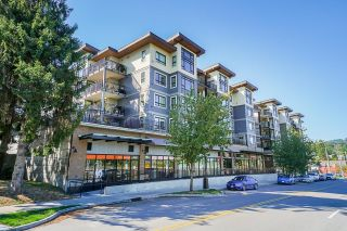 """Photo 1: 313 2525 CLARKE Street in Port Moody: Port Moody Centre Condo for sale in """"THE STRAND"""" : MLS®# R2614957"""
