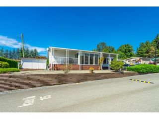 """Photo 33: 1 27111 0 Avenue in Langley: Aldergrove Langley Manufactured Home for sale in """"Pioneer Park"""" : MLS®# R2605762"""