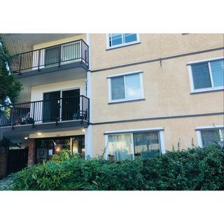 """Photo 2: 101 630 CLARKE Road in Coquitlam: Coquitlam West Condo for sale in """"King Charles Court"""" : MLS®# R2536548"""