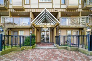 "Photo 2: 109 10289 133 Street in Surrey: Whalley Townhouse for sale in ""Whalley"" (North Surrey)  : MLS®# R2438608"