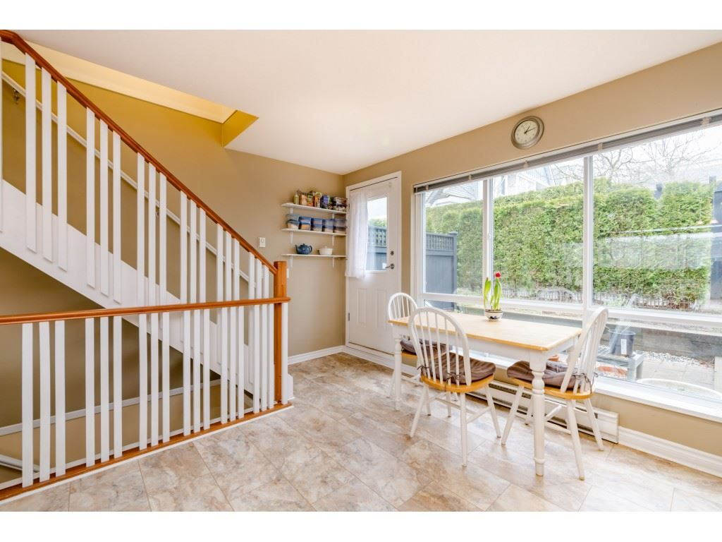 Photo 11: Photos: 6771 VILLAGE GRN in Burnaby: Highgate Townhouse for sale (Burnaby South)  : MLS®# R2439799