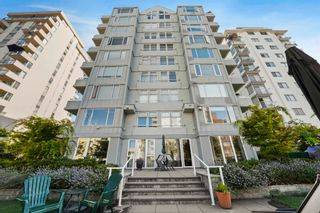 """Photo 3: 701 1436 HARWOOD Street in Vancouver: West End VW Condo for sale in """"HARWOOD HOUSE"""" (Vancouver West)  : MLS®# R2606000"""