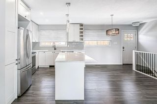 Photo 12: 7203 Fleetwood Drive SE in Calgary: Fairview Detached for sale : MLS®# A1129762
