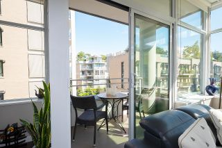 """Photo 12: 410 181 W 1ST Avenue in Vancouver: False Creek Condo for sale in """"The Brook"""" (Vancouver West)  : MLS®# R2614809"""