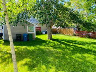 Photo 4: 4020 1 Street NW in Calgary: Highland Park Detached for sale : MLS®# A1119642
