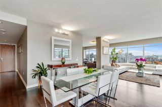"""Photo 5: 1401 1661 ONTARIO Street in Vancouver: False Creek Condo for sale in """"Millennium Water"""" (Vancouver West)  : MLS®# R2521704"""