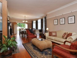 Photo 4: 1225 Queens Ave in : Vi Fernwood House for sale (Victoria)  : MLS®# 707576