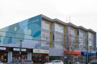 """Photo 9: 409 20238 FRASER Highway in Langley: Langley City Condo for sale in """"The Muse"""" : MLS®# R2555473"""