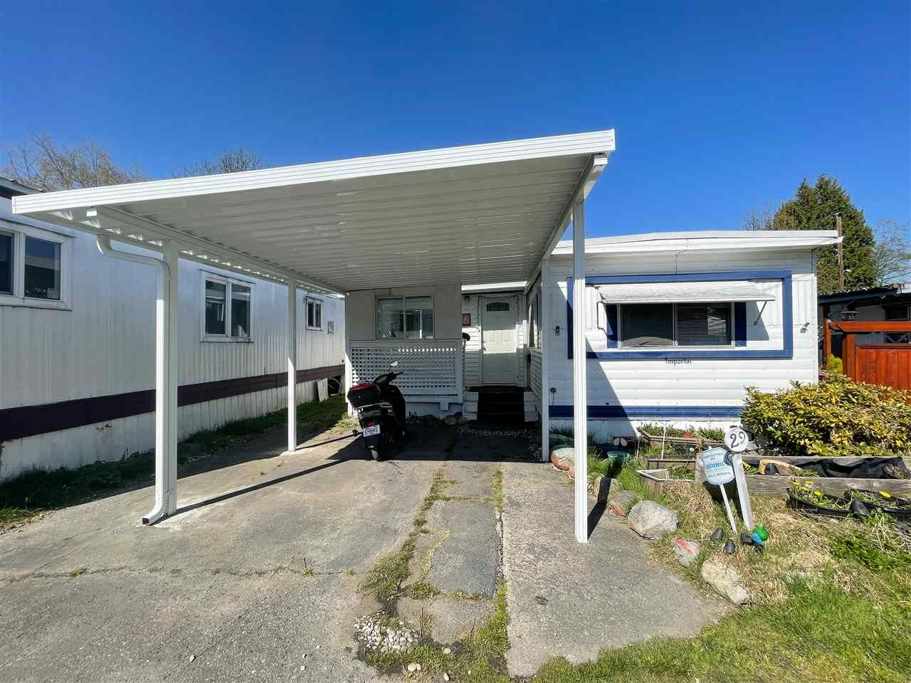 """Main Photo: 29 9132 120 Street in Surrey: Queen Mary Park Surrey Manufactured Home for sale in """"SCOTT PLAZA"""" : MLS®# R2577479"""
