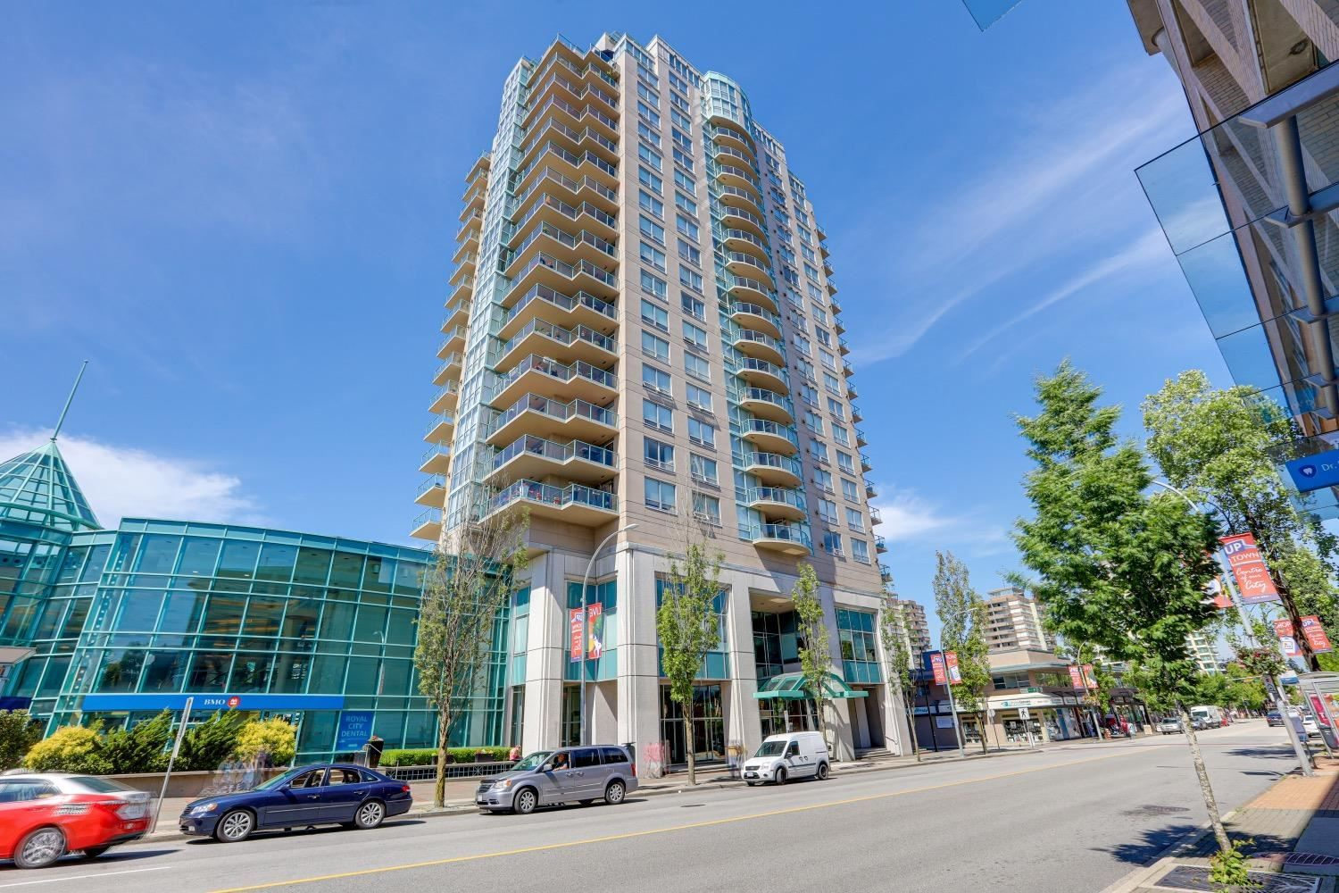"""Main Photo: 802 612 SIXTH Street in New Westminster: Uptown NW Condo for sale in """"The Woodward"""" : MLS®# R2596362"""