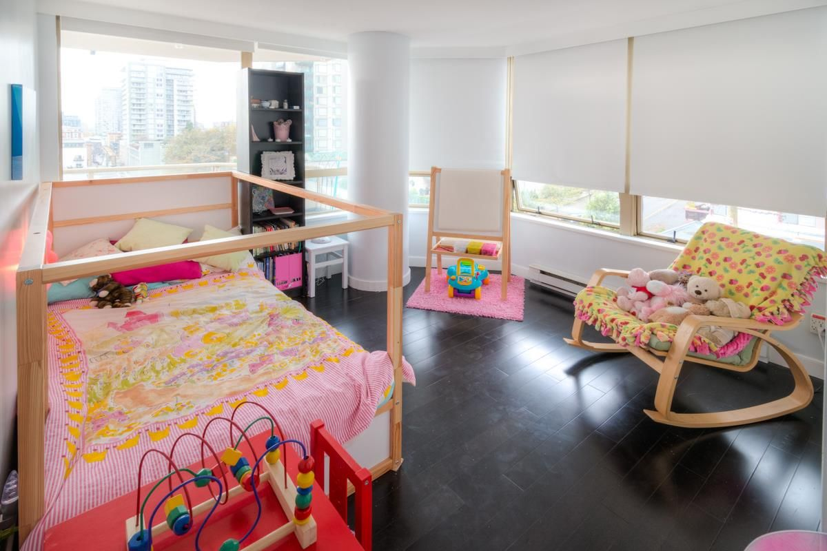"""Photo 5: Photos: 503 328 CLARKSON Street in New Westminster: Downtown NW Condo for sale in """"Highbourne Towers"""" : MLS®# R2012912"""