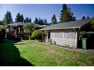 Photo 17: 3624 HENDERSON Avenue in North Vancouver: Lynn Valley House for sale : MLS®# V1087597