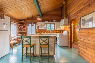 "Photo 4: 7934 SOUTHWOOD Road in Halfmoon Bay: Halfmn Bay Secret Cv Redroofs House for sale in ""Welcome Woods"" (Sunshine Coast)  : MLS®# R2349359"