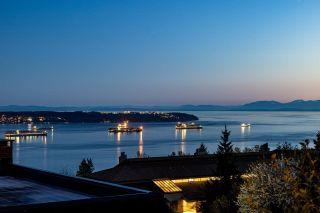 """Main Photo: 21 2250 FOLKESTONE Way in West Vancouver: Panorama Village Condo for sale in """"Panorama Gardens"""" : MLS®# R2606537"""